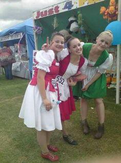 Left to right Abby Drysdale,Morgan Bamford and Robyn Hart Winks at Inverkeithing Games Scottish Highland Dance, Scottish Highlands, Irish Jig, Bamford, Flower Girl Dresses, Costumes, Wedding Dresses, Dancing, Games