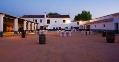 www.ellagardemuros.com  Villanueva de Alcardete. Toledo. Castilla La Mancha #Enoturismo