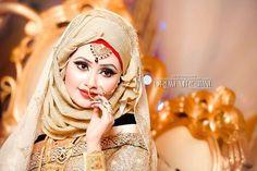Hijab bride Hijabi Wedding, Wedding Hijab Styles, Asian Wedding Dress, Muslim Brides, Asian Bridal, Pakistani Wedding Dresses, Wedding Wear, Muslim Women, Bridal Hijab