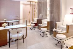 Explore some of the best spa treatments & massages in Dallas, Texas, Hotel Crescent Court is perfect for your next Southwest getaway! Pedicure Spa, Nail Spa, Manicure And Pedicure, Uptown Nails, Dallas Hotels, Spa Prices, Best Spa, Girls Getaway, Hotel Pool