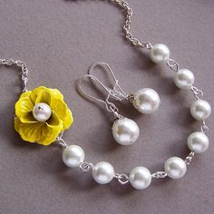 Bridesmaids GIFT Necklace and Earrings Set by lecollezione on Etsy, $47.50