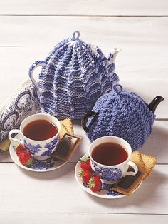 Tea Cosy | Yarn | Free Knitting Patterns | Crochet Patterns | Yarnspirations