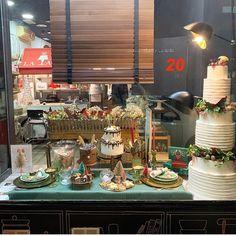 20.- faltan 4 días para Navidad !!! No puedo creerlo el tiempo vuela... últimos preparativos... intuyo que este fin de semana promete celebraciones a tutiplén!!! #celebrandolavida #somoselpostre #belloybueno