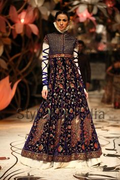 Rohit Bal's creation at IBFW 2013