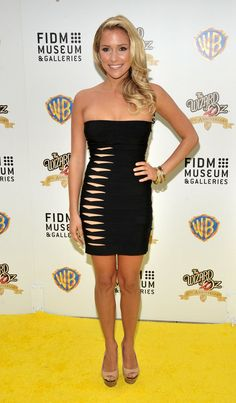 Kristin-Cavallari-proved-dress-could-get-even-smaller.jpg (599×1024)
