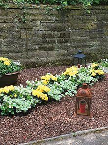 Grabstätte im Waldfriedhof Rhöndorf