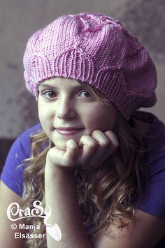 CraSy, Kopf und Kragen - Sylvie Rasch - Modell La Fleur Knitted Hats, Winter Hats, Knitting, Fashion, Accessories, Man Scarf, Headboard Cover, Men And Women, Scarves