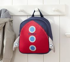 Designed for durability, style and value our backpack collections accommodate kids of all ages. When sizing the pack, keep your child's height and weight  in mind to ensure maximum comfort.