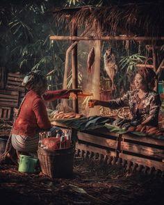 Jamu beras kencur, sangat baik diminum untuk yang sering lembur biar badan kembali subur. Tapi ini bukan obat penghibur bagi hati yang… House By The Sea, World Photography, Unique Art, Sea Houses, Cool Photos, Asian Vegetables, Survival, Javanese, Culture