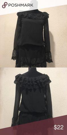 Chiffon long sleeve dress with lace Chiffon long sleeve dress with lace. Size Small. It has adjustable strings around your waist. It's not to short. I'm 5'2 Dresses Mini