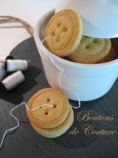 Assortiment de noix de coco COUTURE bébé Bouton Craft Sew tricot Scrapbooking À faire soi-même