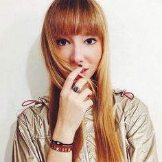 Larissa Guerrini indossa i gioielli della collezione Letterine firmata Pepenero Milano Gioielli.  www.pepenerogioielli.com