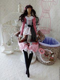 """Купить Кукла """"Antoinette"""" - розовый, блондинка, Париж, парижанка, Франция, коллекционная кукла"""
