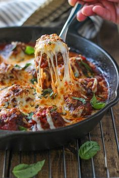 This Meatball Skillet Recipe Is All About the Cheesy Strings