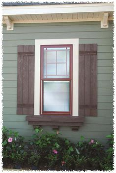 Exterior window trim mobile home trendy Ideas Remodeling Mobile Homes, Home Remodeling, Bathroom Remodeling, Remodel Bathroom, Manufactured Home Remodel, Manufactured Home Decorating, Mobile Home Living, Window Shutters, Exterior Shutters