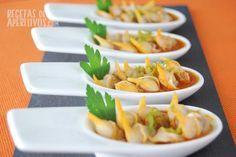 Cucharitas de berberechos en salsa de pimenton
