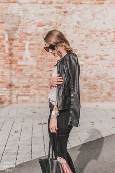 #leatherjacket #feelings #happiness Bye Bye, Fashion Bloggers, Bomber Jacket, Normcore, Happiness, Leather Jacket, Street Style, Fashion Outfits, Feelings