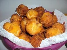 MOFO BAOLINA farine: 1/2 kg - oeuf: 3 - levure: 1  - sucre: 1/4 kg - lait :1/2 verre Mélanger l'ensemble dans un saladier et travailler en remuant jusqu'à obtenir une pate homogène