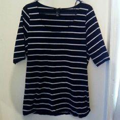 top Black an white top H&M Tops Tees - Short Sleeve
