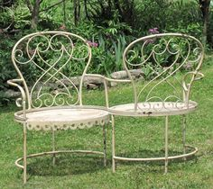 ROMANTIC VICTORIAN METAL GARDEN KISSING BENCH  IN ANTIQUE WHITE OR ANTIQUE GREEN
