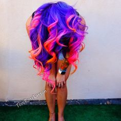 Come One, Come All to the Electric Circus Purple pink red ombre dyed curly hair I can,t take it .Purple pink red ombre dyed curly hair I can,t take it . Dyed Curly Hair, Dye My Hair, Curly Hair Styles, Coiffure Hair, Ombre Hair, Red Ombre, Mermaid Hair, Cool Hair Color, Amazing Hair Color
