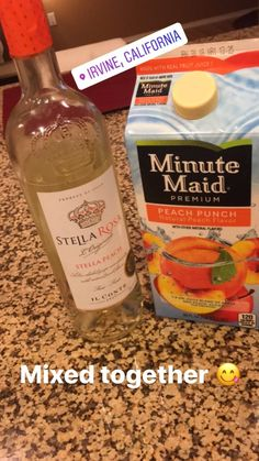 Delicious and Easy Christmas Cocktails for a Crowd over the Holidays - Stella rosa minute maid Party Drinks, Cocktail Drinks, Fun Drinks, Summertime Drinks, Summer Drinks, Liquor Drinks, Alcoholic Beverages, Alcohol Drink Recipes, Bubble