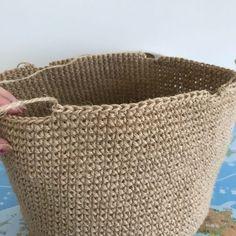 Knit Basket, Market Baskets, Hobbies And Crafts, Knit Crochet, Crochet Bags, Jute, Straw Bag, Knitting, Purse Holder