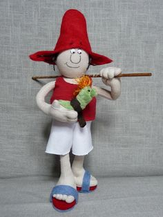 """He is a hungarian story character. Designer of the character is Ferenc  Sajdik animation director. The story was written István Csukás.8,5""""tall doll sculpture."""