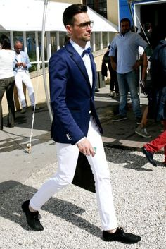 fitted - white pants blue blazer ... im in