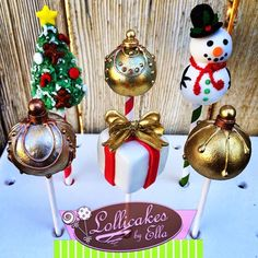 Pint Sized Baker: 30 Christmas Cake Pops Collection