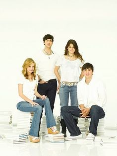 |10 Things I Hate About You | Meaghan Jette Martin, Ethan Peck, Lindsey Shaw, and Nicholas Braun