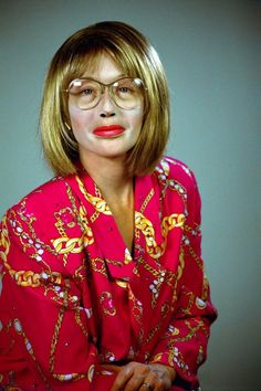 Cindy Sherman- Self-portraits  series - untitled-no-396-2000