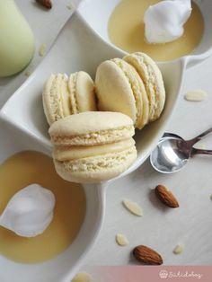 Madártej macaron | Sütidoboz.hu Pavlova, Macaroons, Hamburger, Bakery, Pudding, Sweets, Bread, Snacks, Cookies