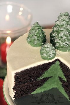 Christmas tree  cake.  The translation at the website is not very good but it references Ina Garten's recipe so take a look at Barefoot Contessa cookbooks