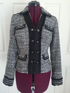 White House Black Market Black White Boucle Satin Trim Lined Blazer Jacket Sz 6 #WhiteHouseBlackMarket #BasicJacket