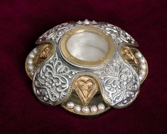 Silver Reliquary with pearls. Byzantine Art, Handmade Silver, Bling, Pearls, Accessories, Jewelry, Jewel, Jewlery, Jewerly