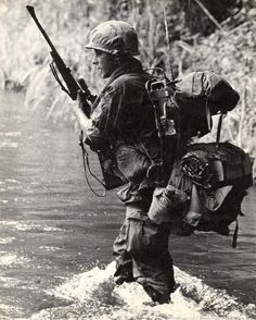 RTO/sniper Harry M. Mallett of Company A, Infantry Regiment, Airborne Division, Vietnam. Photo by Ben Croxton Vietnam War Photos, South Vietnam, Vietnam Veterans, American War, American Soldiers, American History, Military Photos, Military History, Special Forces