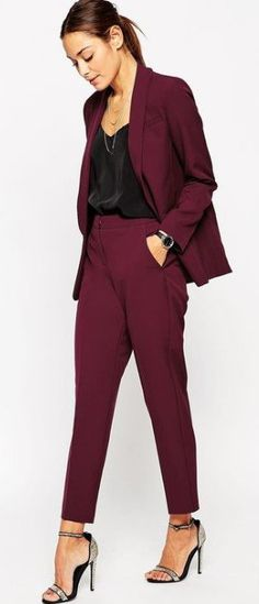 Discover women's skinny pants with ASOS. Shop our collection, from high waisted skinny and formal tailored pants to casual slim fit styles. Mode Outfits, Office Outfits, Casual Outfits, Prom Outfits, Office Attire, Casual Wear, Business Mode, Business Chic, Classy Business Outfits