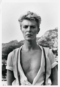 Helmut Newton David Bowie, Monte Carlo, 1983 ©Helmut Newton Estate