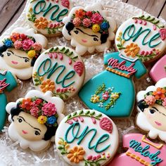 Frida Kahlo cookies for a first birthday party. Fancy Cookies, Iced Cookies, Royal Icing Cookies, Cupcake Cookies, Sugar Cookies, Cupcakes, Mexican Birthday Parties, Mexican Party, First Birthday Parties