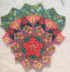 stunning la passacaglia english paper piecing block
