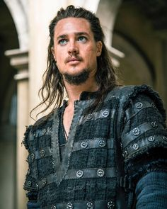 "Alexander Dreymon as Uhtred of Bebbanburg in ""The Last Kingdom"" Season 2"