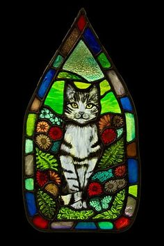 """""""Tabby Cat Panel,"""" stained glass by Angie Dibble, Hare Moon Stained Glass. Commissioned for 50th Golden Wedding Anniversary 14″ x 25″ • http://haremoonstainedglass.com/my-work/ • interview: https://rachaelsharpe.com/2017/06/12/the-art-of-stained-glass/"""