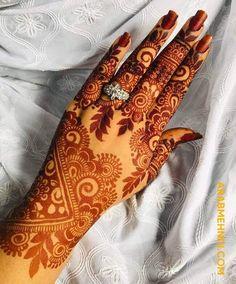 50 Most beautiful Rishikesh Mehndi Design (Rishikesh Henna Design) that you can apply on your Beautiful Hands and Body in daily life. Khafif Mehndi Design, Latest Bridal Mehndi Designs, Full Hand Mehndi Designs, Henna Art Designs, Mehndi Designs 2018, Mehndi Designs For Beginners, Modern Mehndi Designs, Mehndi Designs For Girls, Mehndi Design Photos