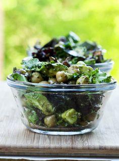 Avocado Chickpea Salad with Pesto