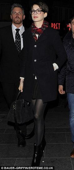 Anne Hathaway sports fetching glasses as she joins co-star Amanda Seyfried for Les Miserables screening | Mail Online