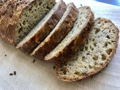 Domácí večerní chlebík Bread Recipes, Cooking Recipes, Healthy Recipes, Healthy Food, Low Carb Keto, Bread Baking, Banana Bread, Food And Drink, Sweet
