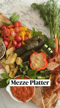 Cold Appetizers, Vegetarian Appetizers, Appetizer Recipes, Vegetarian Recipes, Healthy Recipes, Charcuterie Recipes, Charcuterie And Cheese Board, Cheese Boards, Party Food Platters