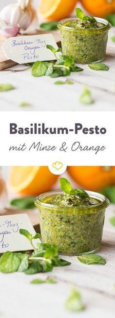 Auf Pasta, Brot oder als Dip - Die Walnüsse verleihen dem erfrischenden Pesto Crunch, Orange und frische Minze das besondere Aroma.