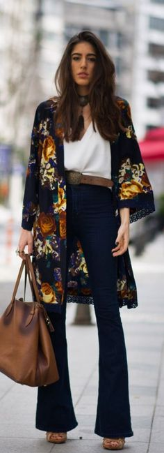 Curious about how to style those fabulous kimonos? Look no further! Check out these great tips and tricks for styling kimonos for every occasion!